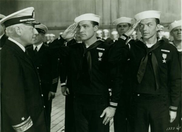 navy mens saluting