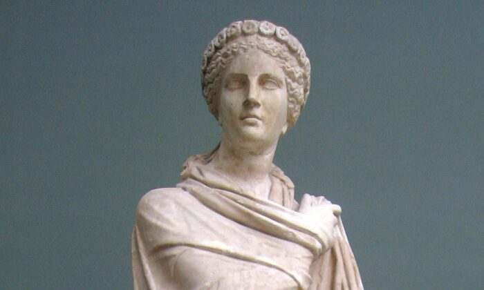 A Roman statue of Polyhymnia, the muse of sacred poetry, 2nd century. (CC BY-SA 3.0)