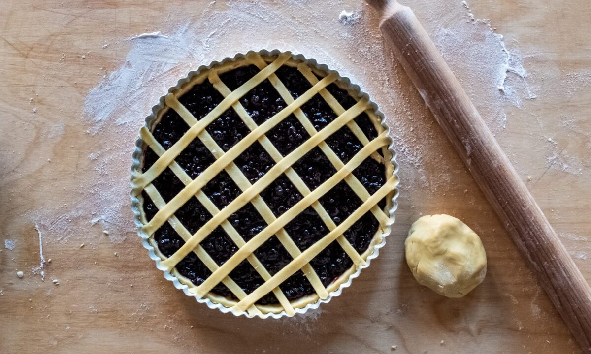 unbaked crostata made from pasta frolla