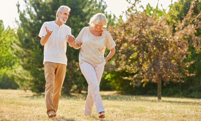 Even without intense exercise, moving the body can improve its immune function.(Robert Kneschke/Shutterstock)