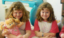 Bullied Twin Sisters Were Called 'Ugly Ducklings'–Then They Became Beauty Queens