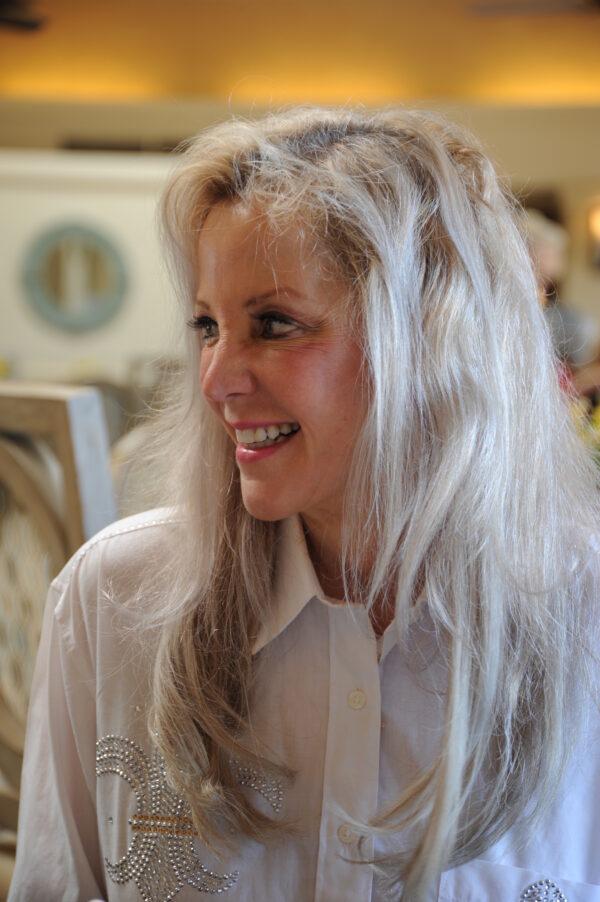Dr. Lorrie Metzler-Szabo