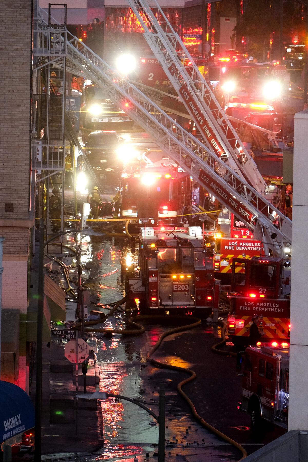 LA explosion firefights 3
