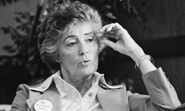 Annie Glenn speaks during an interview in Newport, N.H., on Dec. 8, 1983. (AP Photo/File)