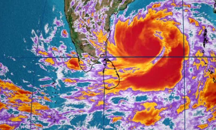 Super Cyclone Amphan, a powerful cyclone that formed in the Bay of Bengal and is headed directly for the India-Bangladesh border. (Screenshot/CNN)