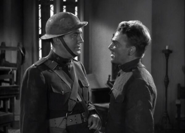 Pat O'Brien and James Cagney in The Fighting 69th