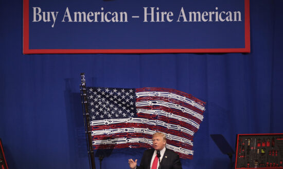 Suspend Visa Programs to Help Unemployed US Workers, Think Tank Urges Trump