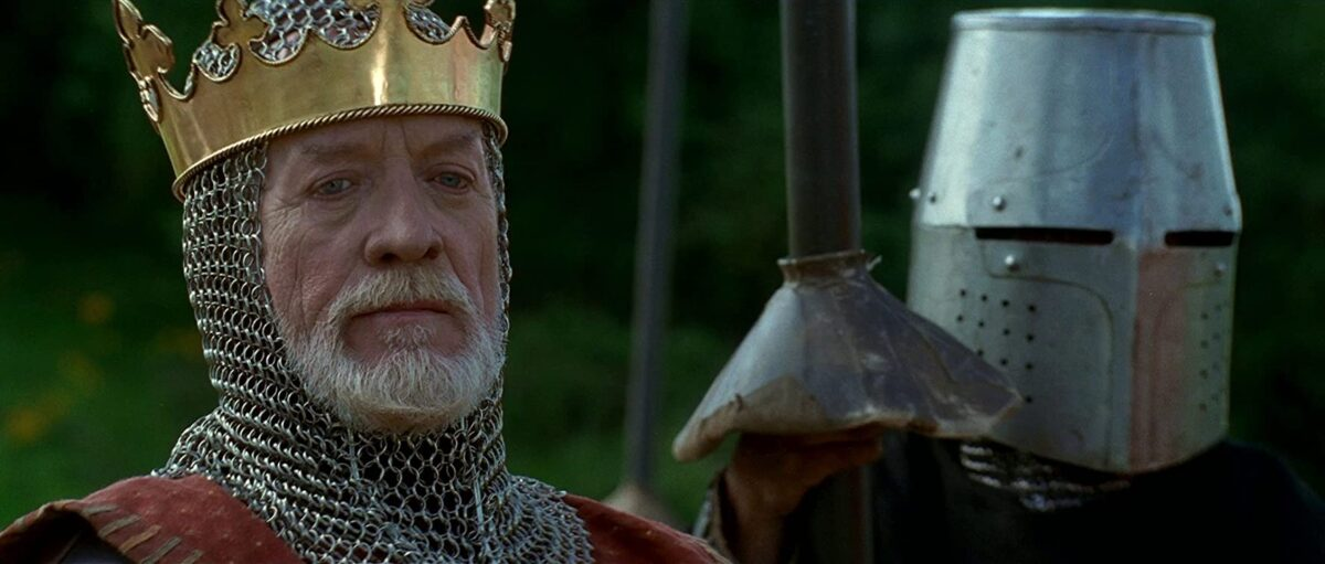 """king with gold crown and armor in """"Braveheart"""""""