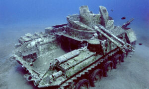 Underwater Photographer Takes Eerie Images of Sunken Tank Trapped in Time Under the Red Sea