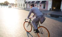 Cycling and Walking to Work Lowers Risk of Cancer, Heart Disease