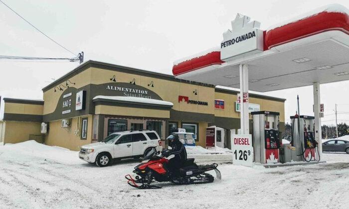 A gas station in St-Henri-de-Taillon, Que. is seen on Jan. 22, 2020. (Rocket Lavoie/The Canadian Press/ Le Quotidien)