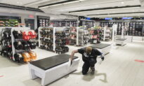Montreal-Area Retailers Opening Up to the Public, With Distancing Measures in Place