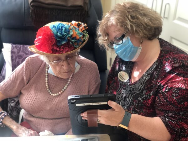 Seniors Home Uses Digital Work Platform to Connect Residents With Family