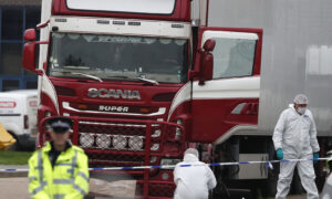 Police Arrest 26 People in UK Truck Deaths of 39 Vietnamese