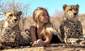 ​Girl Raised With Cheetahs Nurses Big Cats and Predators Back to Health​