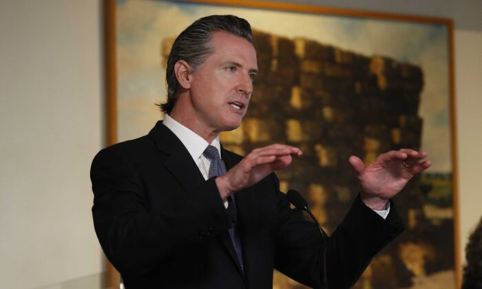California Gov. Gavin Newsom speaks at a news conference at Mustards Grill in Napa, Calif., on May 18, 2020. (Rich Pedroncelli/AP Photo)