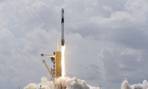 Why SpaceX and Elon Musk Are the Right Stuff