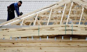 Biggest Annual Fall in Home Construction Recorded in 19 Years, Anticipating Further Decline