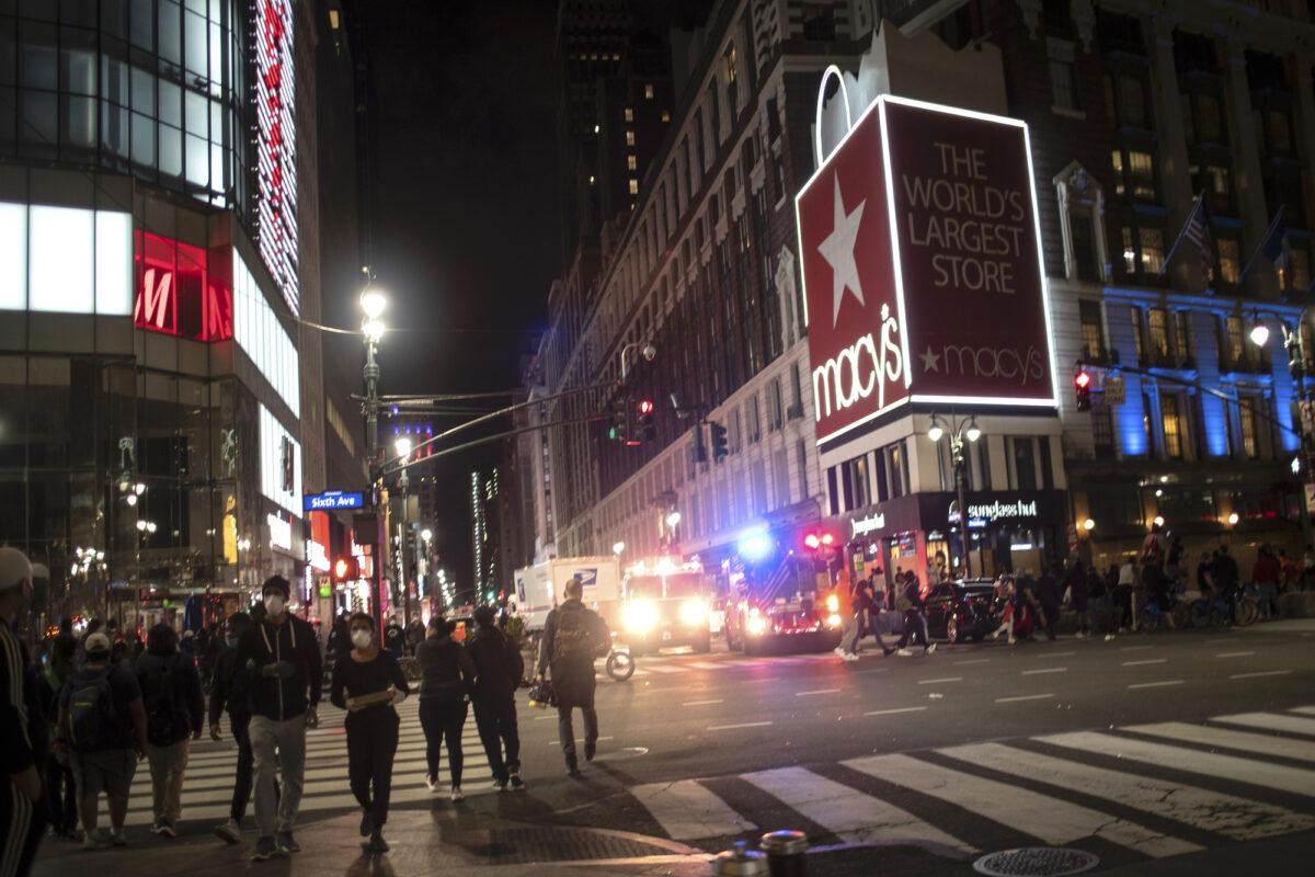 Macy's store broken amid protest
