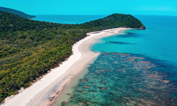 The Great Barrier Reef along the Daintree Rainforest in Queensland, Australia. (Manny Moreno/Unsplash)
