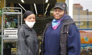 Chicago Residents Denounce Looting of Their Neighborhood