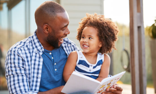 Getting Ready to Homeschool? 6 Things to Think About This Summer