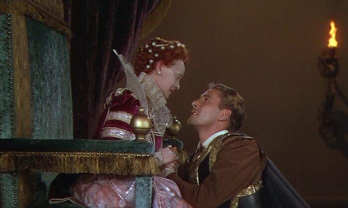 "Queen Elizabeth I (Bette Davis) and Robert Devereux, the Earl of Essex (Errol Flynn), in ""The Private Lives of Elizabeth and Essex."" (Warner Bros)"
