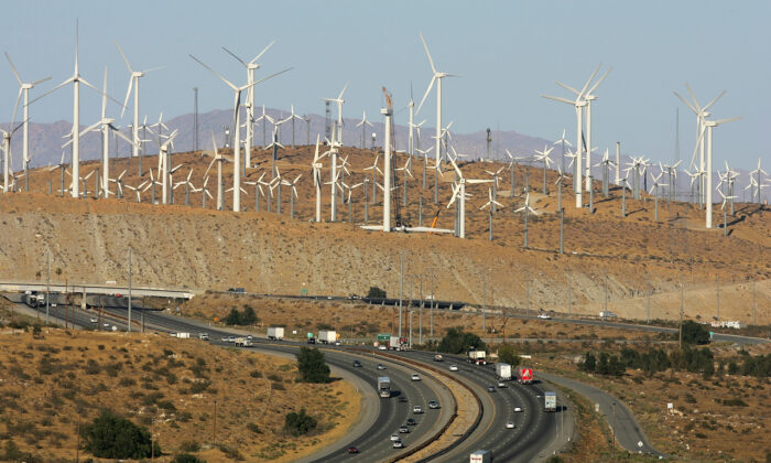Wind turbines are pictured near Palm Springs, Calif., on May 13, 2008. (David McNew/Getty Images)
