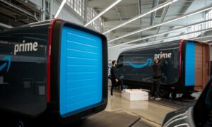GM Plans Electric Van for Business Users in Bid to Preempt Tesla