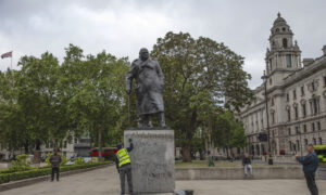 UK to Protect Statues From 'Woke Militants,' Minister Says