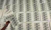US Customs Seizes Counterfeit Money Originating From China
