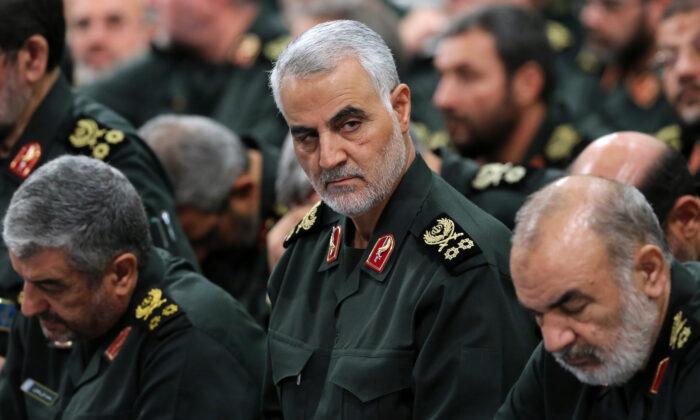 Revolutionary Guard Gen. Qassem Soleimani, center, attends a meeting in Tehran, Iran, on Sept. 18, 2016. (Office of the Iranian Supreme Leader via AP)