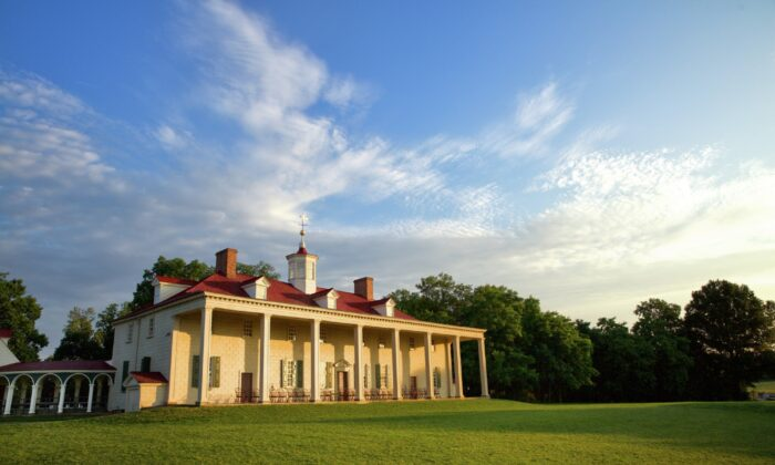The Mount Vernon Mansion, the home of George and Martha Washington, overlooks the Potomac River in Virginia. (Courtesy of George Washington's Mount Vernon)