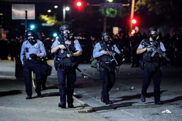 Trump to Issue Executive Order on Police Reform