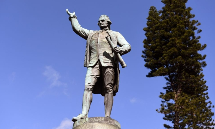 A statue of Captain James Cook stands in Sydney's Hyde Park on August 25, 2017. (WILLIAM WEST/Getty Images)