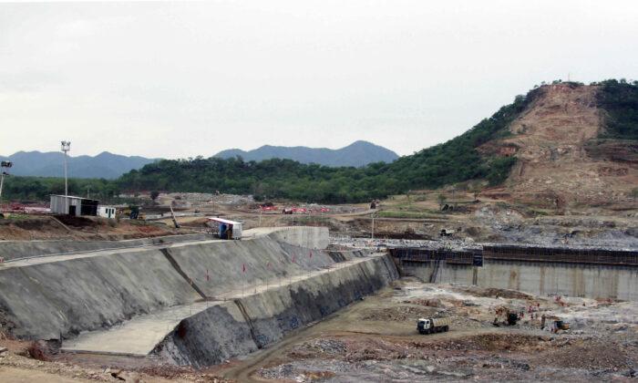 Construction work takes place, at the site of the Grand Ethiopian Renaissance Dam near Assosa, Ethiopia on June 28, 2013. (Elias Asmare/AP)