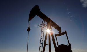 Oil & Gas Recovery Slows as Drilling Dips, Service Job Losses Rise