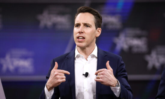 Sen. Hawley Blasts Supreme Court's Bostock Decision, Urges Religious Conservatives to Reject Establishment GOP Deal