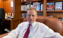 Dallas Fed Chief Robert Kaplan to Resign Following Stock Trade Controversy