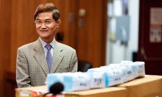 Taiwan Donates 20,000 Masks to Orange County