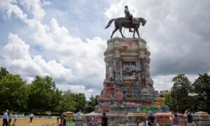 Injunction Extended Against Removing Lee Statue in Virginia