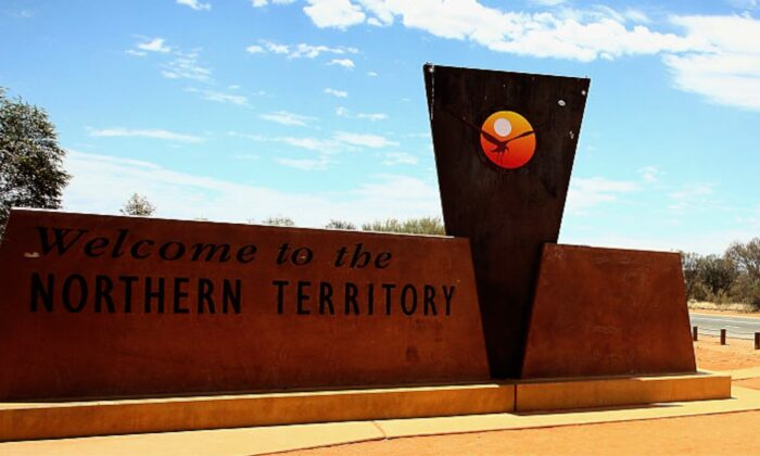 The border into the Northern Territory from South Australia during the  2015 World Solar Challenge on October 20, 2015. (Mark Kolbe/Getty Images for The World Solar Challange)