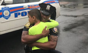 'I'm Not Derek Chauvin … I'm Me': Black Police Officer Posts Personal Message Online, and It Goes Viral