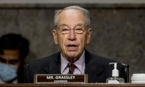 Grassley Withdraws Hold on Trump Nominees After Getting Reasons for Firing of Inspector Generals