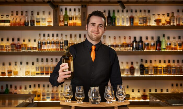 Amber Bar, at the Scotch Whisky Experience in Edinburgh, Scotland. (Courtesy The Scotch Whiskey Experience)