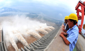 China in Focus (June 22): Three Gorges Dam Could Collapse, Expert Says
