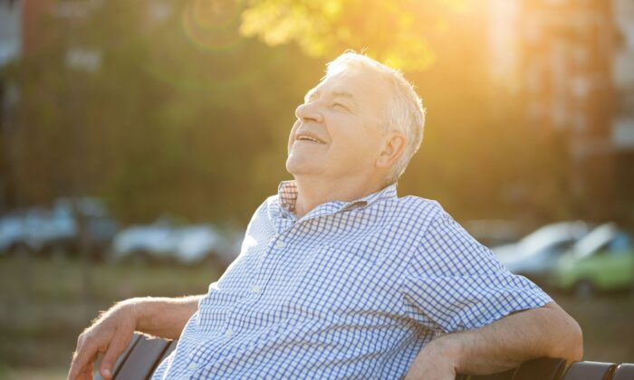 Sunshine can deliver a dose of vitamin D capable of improving blood flow. (Mladen Mitrinovic/Shutterstock)
