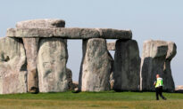 Archeologists Discover Huge New Prehistoric Circular Structure Near Stonehenge