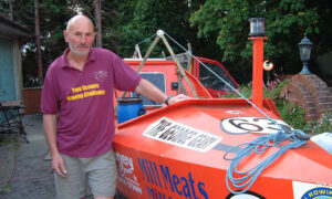 72-Year-Old Man Rows Boat Across Atlantic Ocean in 96 Days, Setting New Guinness Record