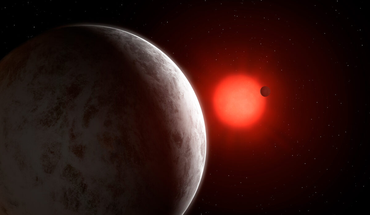 Astronomers have discovered a pair of unique exoplanets
